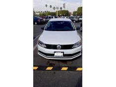 Jetta 2017 Estandar, Factura Original, Dos Due&n