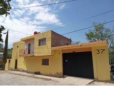Oportunidad 2 Casas, Local, Terreno 188 Metros,